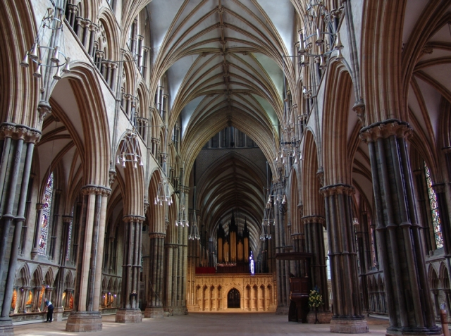 lincoln-cathedral-nave