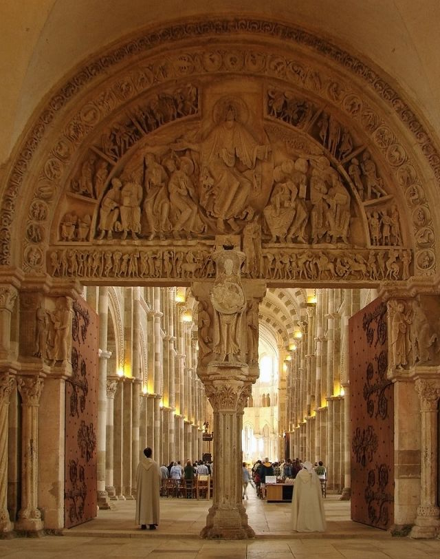 Vézelay_Narthex